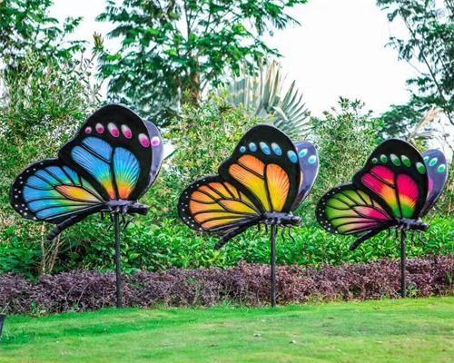 公园雕塑蝴蝶